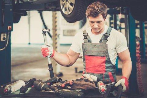 Cosa si rischia se non si fa la revisione auto?