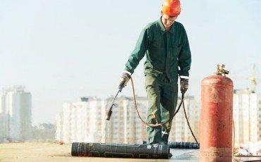Infiltrazioni: risarcisce il condominio che non ha impermeabilizzato il terrazzo