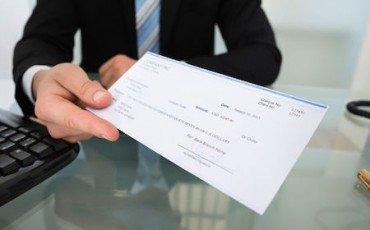 Se la banca paga l'assegno a un soggetto che non è il creditore