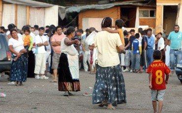 Rom: i campi nomadi sono discriminatori