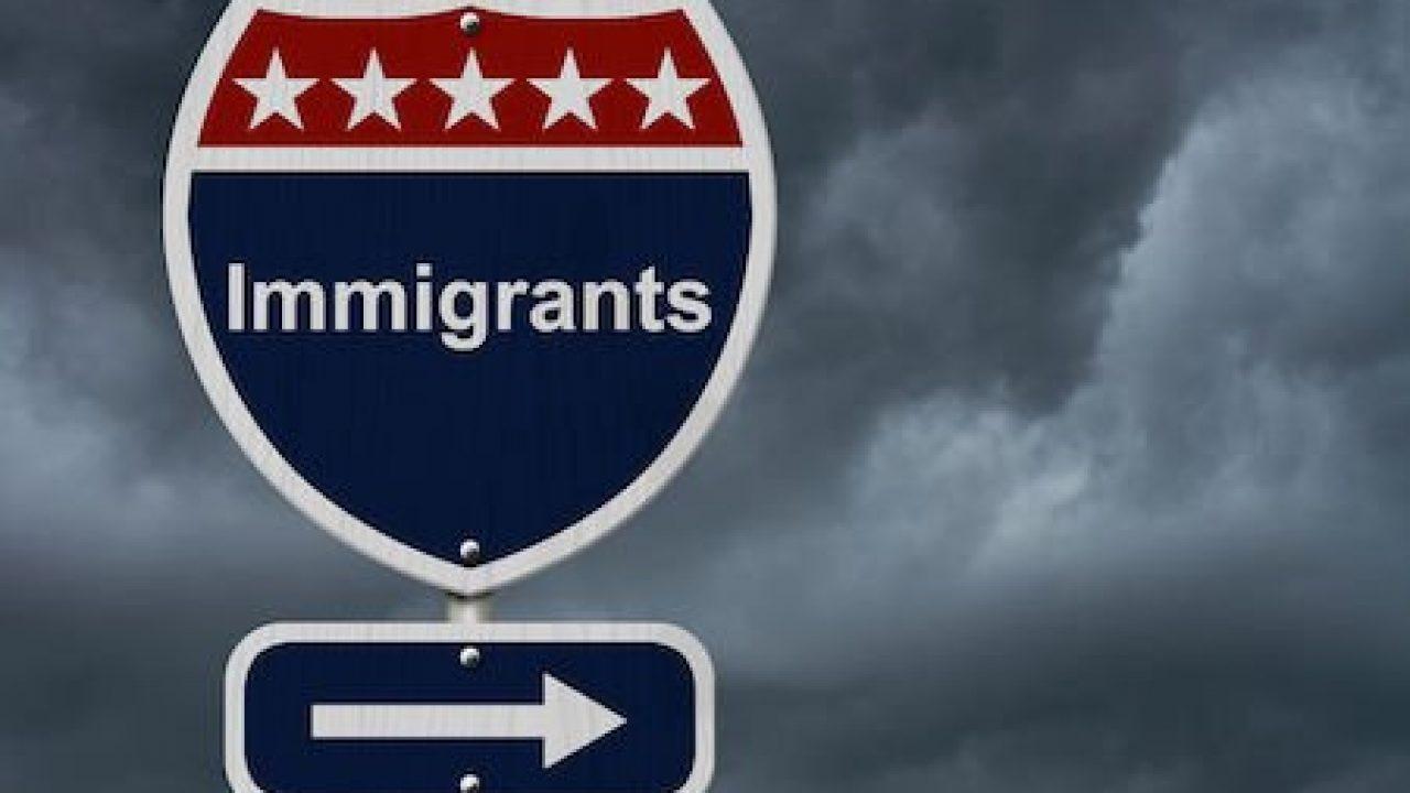 Carta di soggiorno valida anche se l\'immigrato perde il lavoro