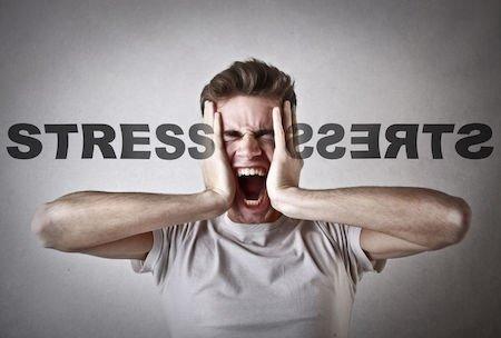 Dimissioni per eccessivo lavoro: scatta il risarcimento dell'azienda