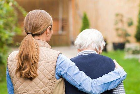 Assistenza all'anziano: quali responsabilità per i figli?