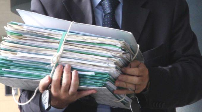Copie di cortesia obbligatorie: il ministro della Giustizia chiarisce