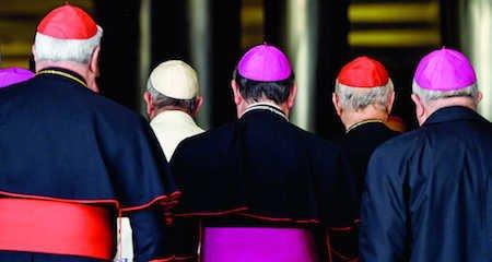 Comunione ai divorziati: il sinodo approva