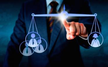 Il praticante avvocato non può appellare le multe in tribunale