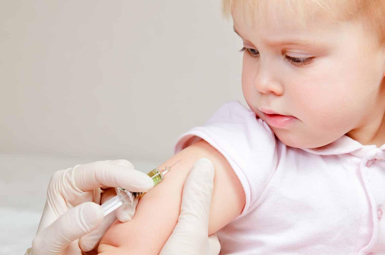 Meningite: si deve fare il vaccino?