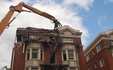 Reati edilizi ed eliminazione delle opere abusive
