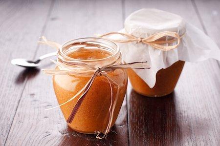 Conservare i cibi con la cottura: confettura e conserve