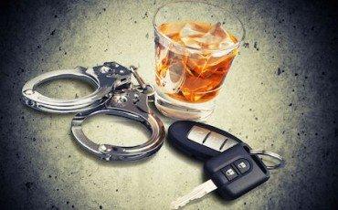 Guida in stato di ebbrezza: revoca della patente per il tamponamento