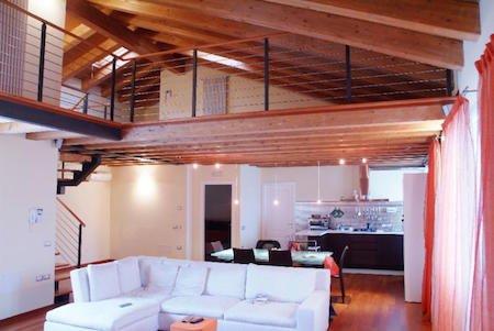 Soppalchi serve il permesso di costruire for Soppalco in legno lamellare