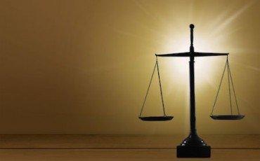 Spese legali: chi paga?