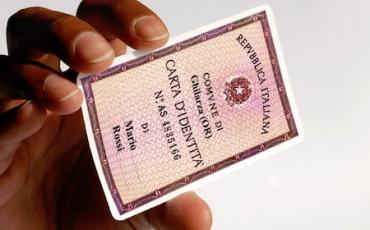 Quali sono i documenti di riconoscimento for Carta di soggiorno 2017 documenti