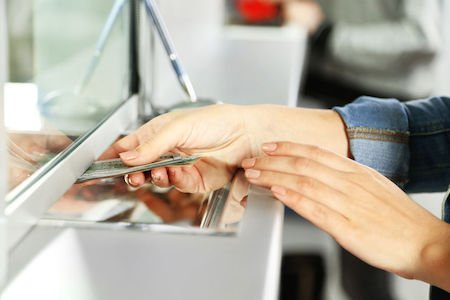 Come giustificare i versamenti in contanti