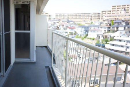 Trasformazione di balcone in veranda: quando è possibile