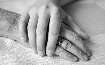 Conviventi: quale eredità con o senza testamento?