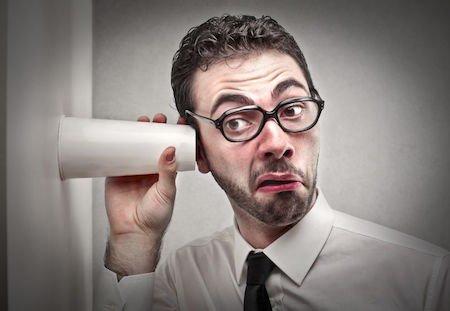 Rumori del vicino di condominio: come farlo smettere