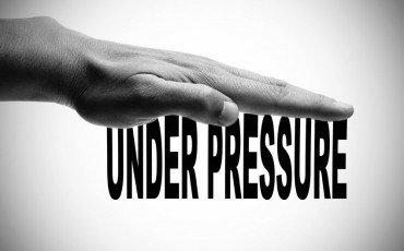 Insonnia per problemi di lavoro: spetta il risarcimento?