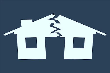 Casa assegnata al coniuge: chi paga le spese condominiali?