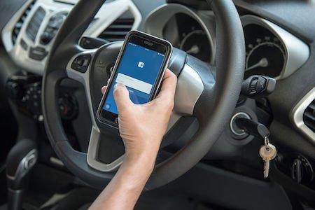 Omicidio stradale e uso dei cellulari