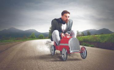 Multa autovelox: addio sanzione se c'è urgenza e necessità
