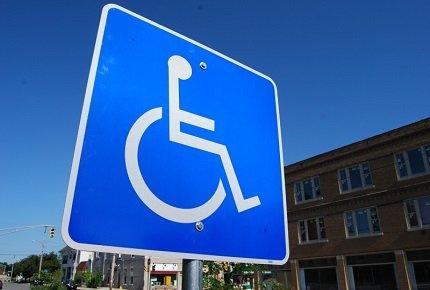 Invalidi: risarcimento per la mancata assunzione con preferenza