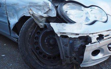 Incidenti stradali: se non vai dall'avvocato hai lo sconto