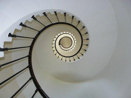 Condominio: le spese per le scale le paga l'inquilino?