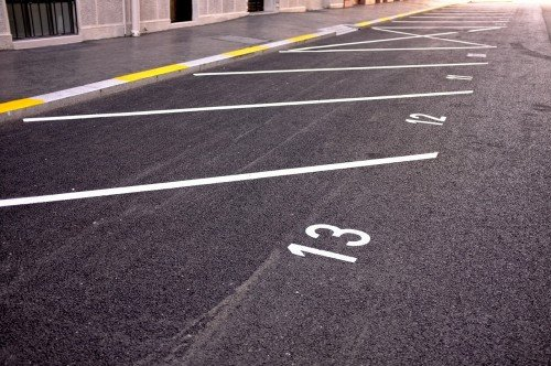 Condominio: parcheggi e aree comuni non si assegnano a maggioranza