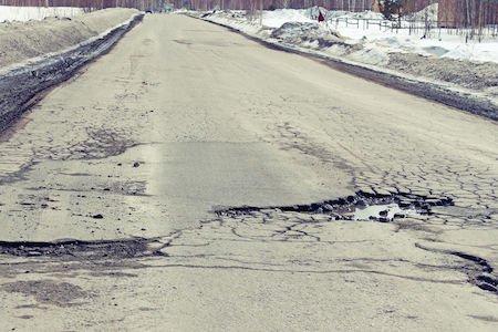 Buche stradali: stretta sui risarcimenti