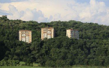 Abuso edilizio: il permesso in sanatoria non evita la demolizione