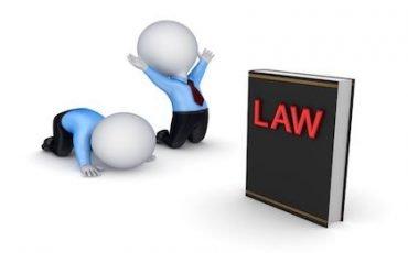 Avvocati: incostituzionale l'iscrizione obbligatoria alla Cassa Forense