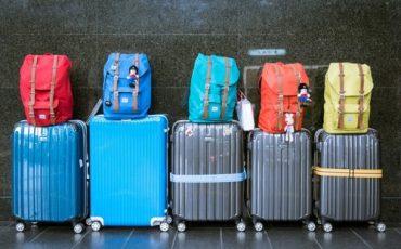 Viaggio aereo: contenuto del bagaglio a mano e da stiva
