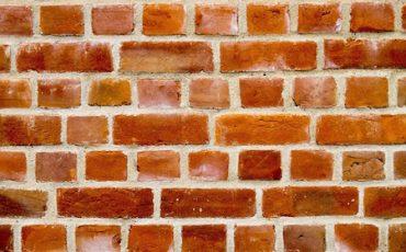 A chi spetta la manutenzione dei muri di contenimento?
