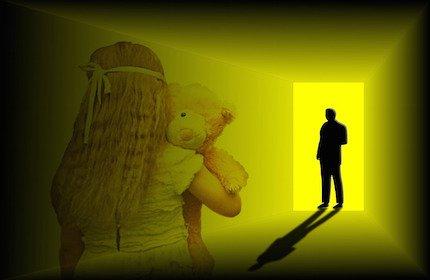 Cassazione: violentare più alunne è meno grave di una sola