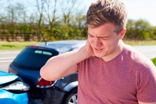 Colpo di frusta: sintomi e risarcimento