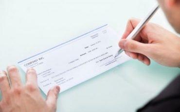 Come annullare un assegno