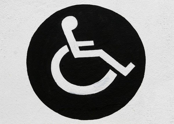 Multa per parcheggio su posto disabili
