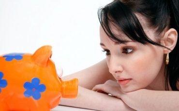 Mantenimento: l'assegno sociale dell'ex moglie fa reddito