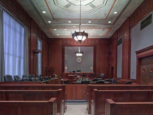 Imputato malato: si può rinviare l'udienza?