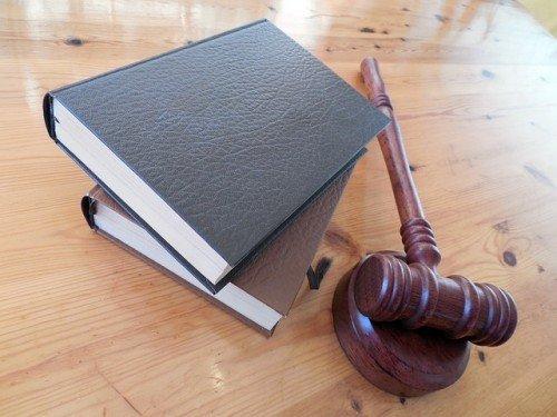 Esame avvocato: che succede se l'atto è uguale a un altro