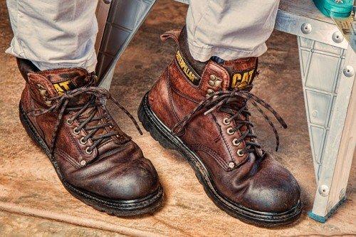 Lavori in casa, proprietario responsabile per gli infortuni all'artigiano