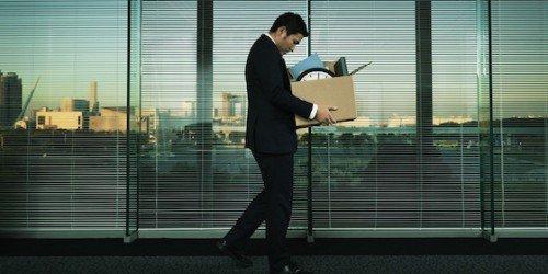 Se sono assente per malattia l'azienda può licenziarmi?