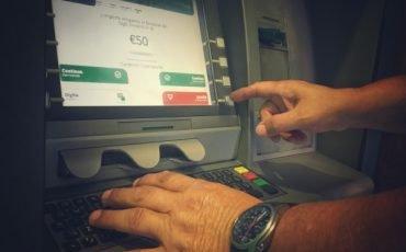 Prelievi contanti, quale limite in banca o alle poste
