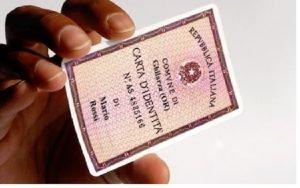 Si può cambiare la foto della carta di identità?