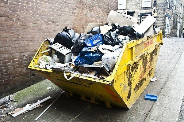 Tassa rifiuti casa non abitata: devo pagare?