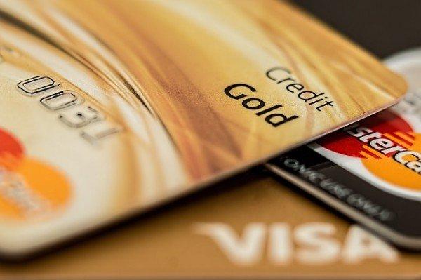 Come interrompere il pagamento delle rate alla finanziaria