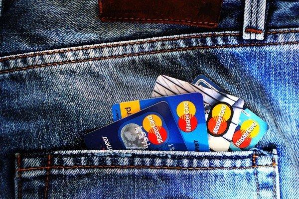 Differenza tra carta di credito e bancomat