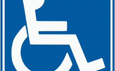 Legge 104, assegno di 1900 euro e nuovi benefici assistenza disabili