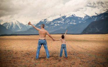 Donazione da padre a figlio: tassazione e forma